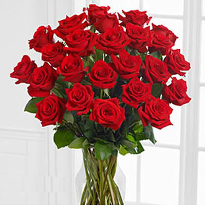 bunch of red roses 900